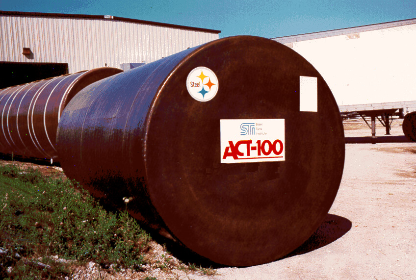 1990: STI develops ACT-100 steel/FRP composite tank